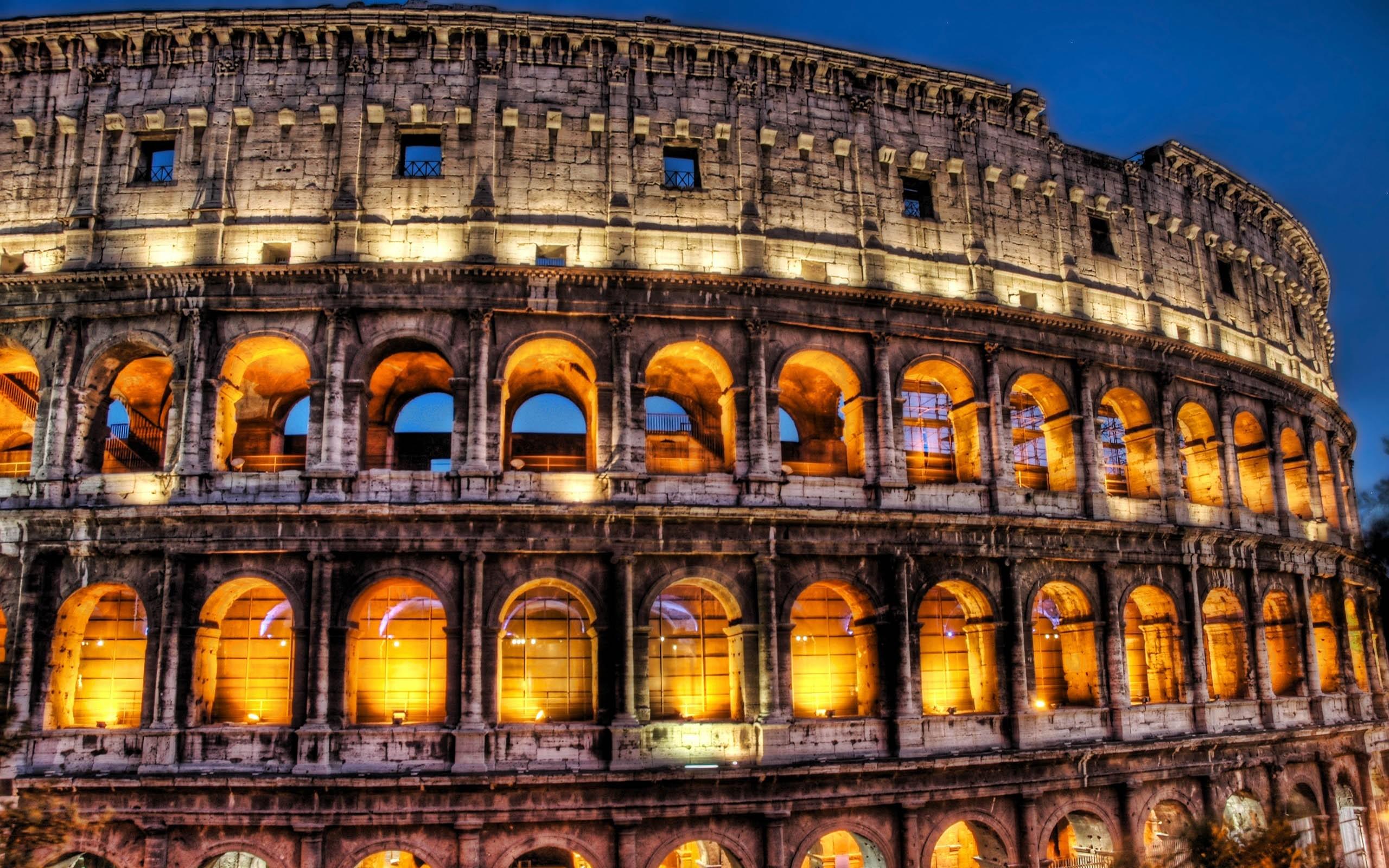 Best Wallpaper Night Colosseum - 100419  Image.jpg