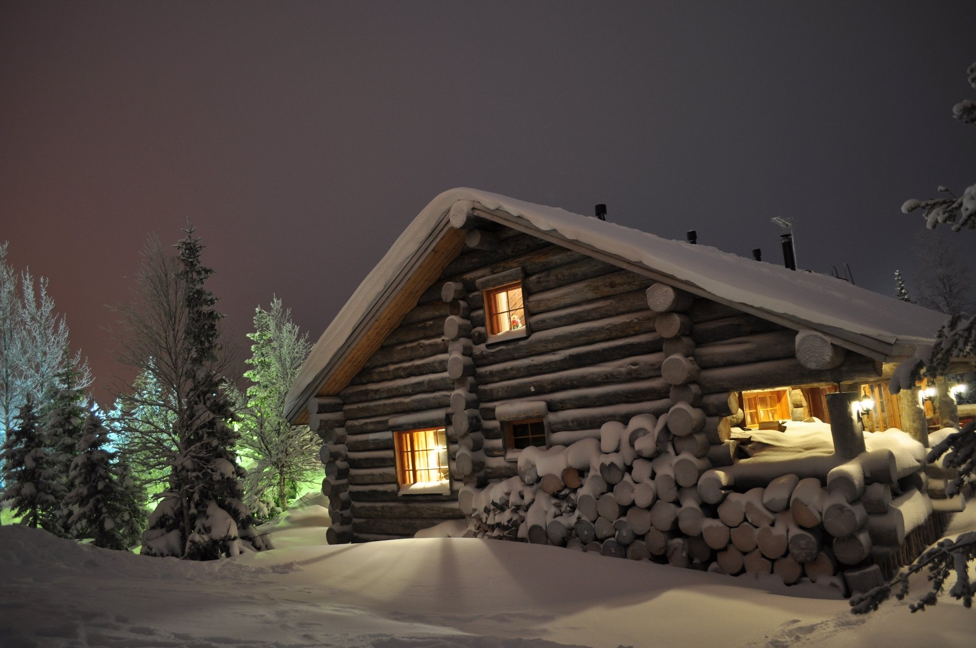 Man Made - Cabin  Wallpaper