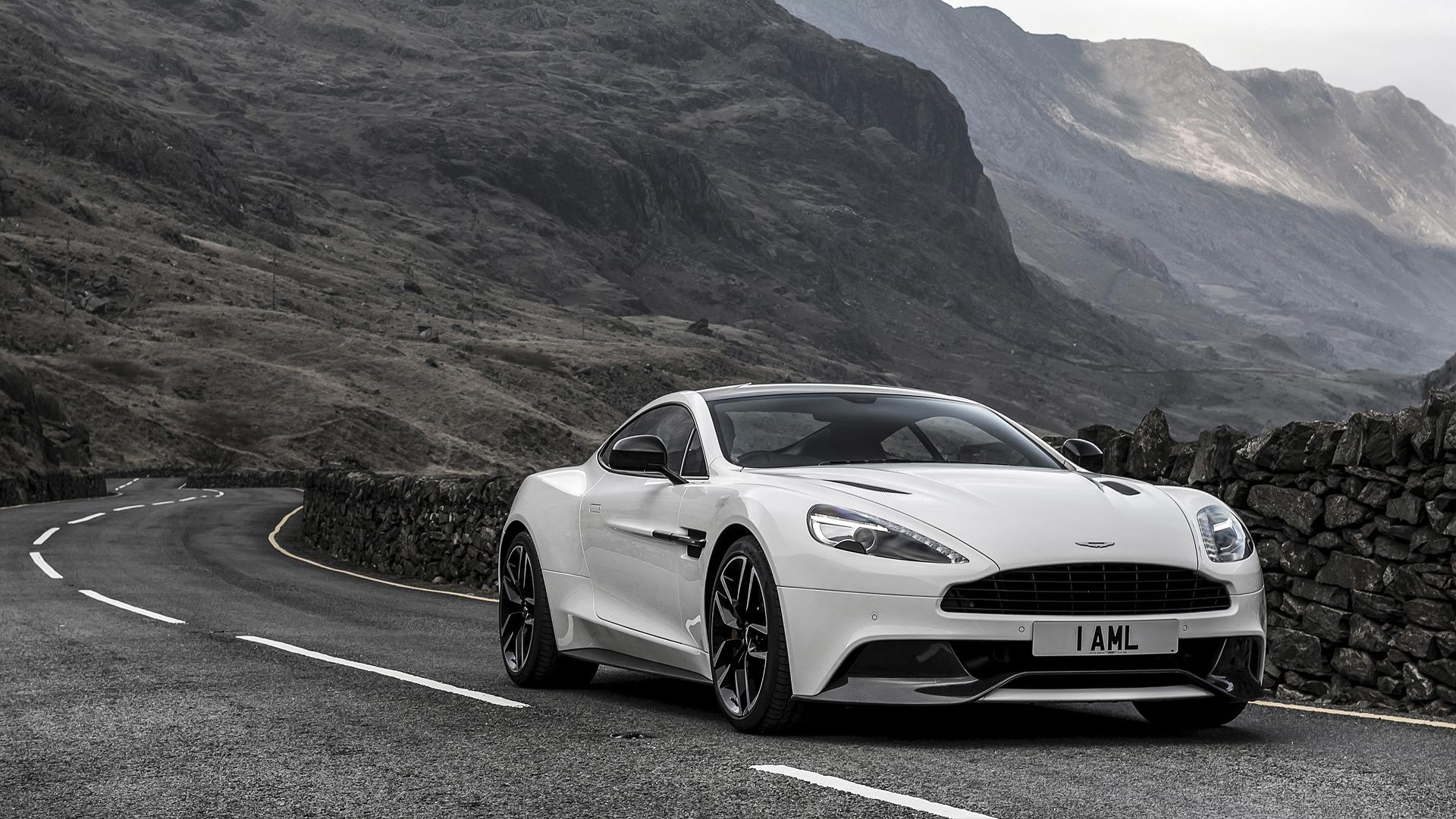 Aston Martin Vanquish Carbon White Edition Hd Wallpaper Hintergrund 1920x1080 Id 1056456 Wallpaper Abyss