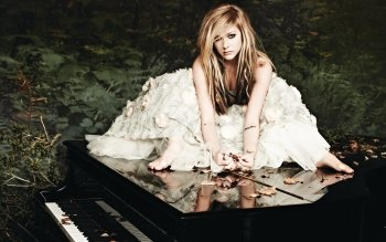 Music - Avril Lavigne Wallpapers and Backgrounds ID : 106439