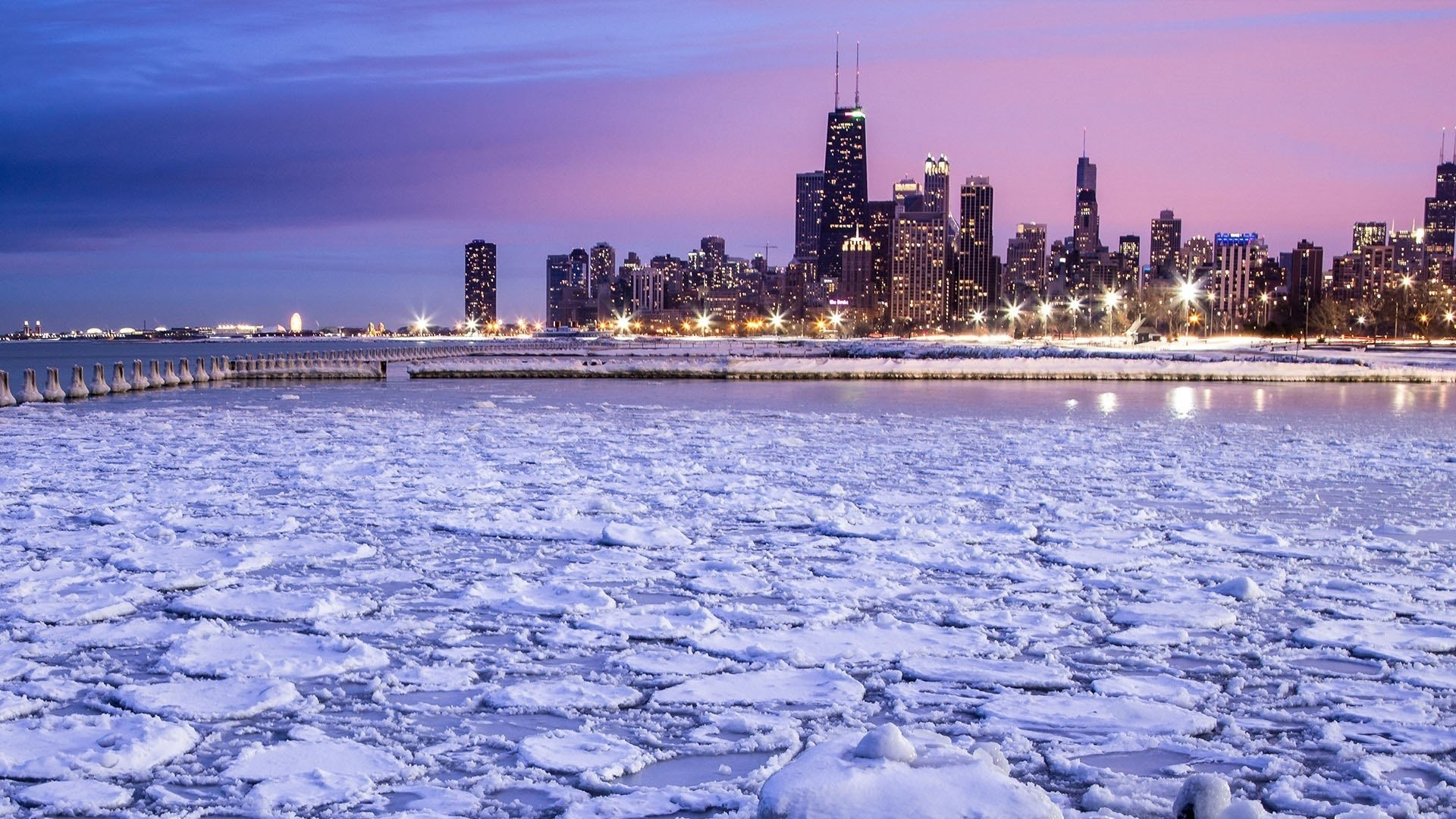 Chicago Skyline And Lake Michigan Hd Wallpaper Background Image 1920x1080 Id 1090676 Wallpaper Abyss