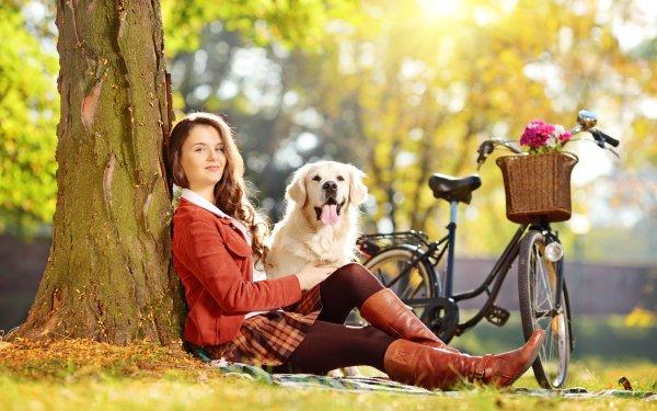 Femmes Top Model Top Modèls Woman Golden Retriever Chien Vélo Fille Redhead Fond d'écran HD | Arrière-Plan