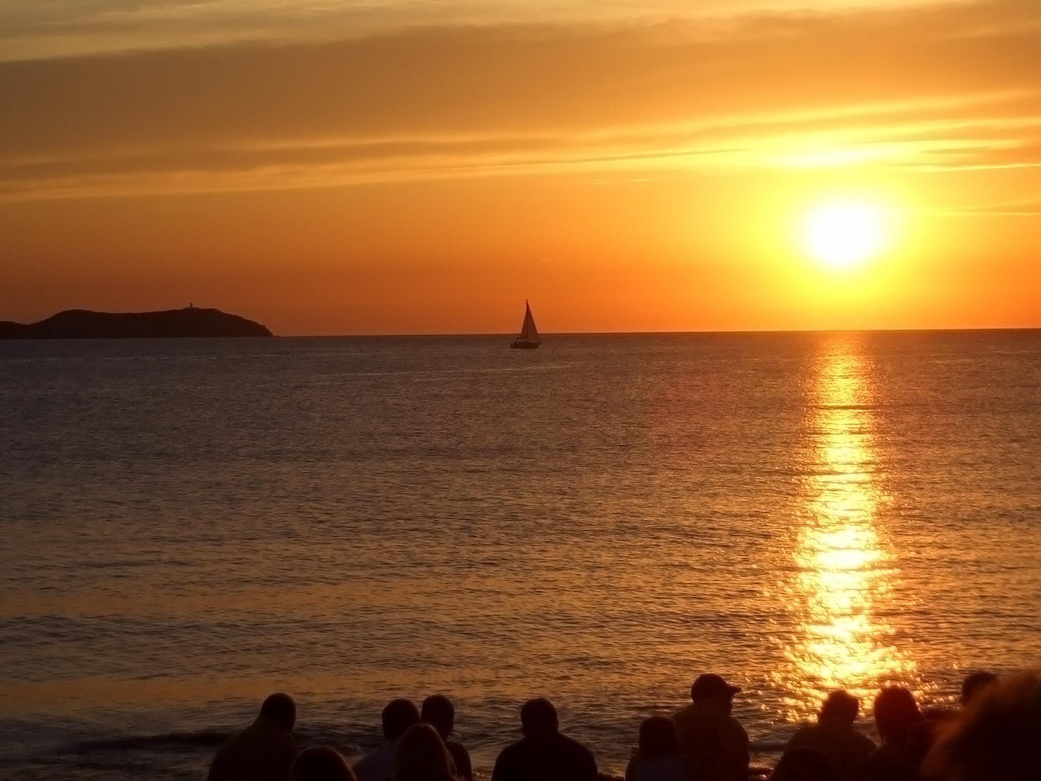Earth - Sunset  Sun Water Sky Sea Yellow Wallpaper