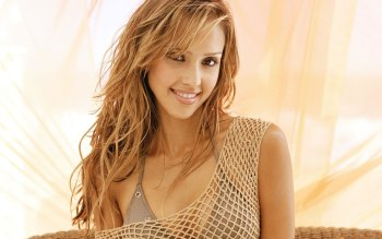 Celebrity - Jessica Alba Wallpapers and Backgrounds ID : 118879