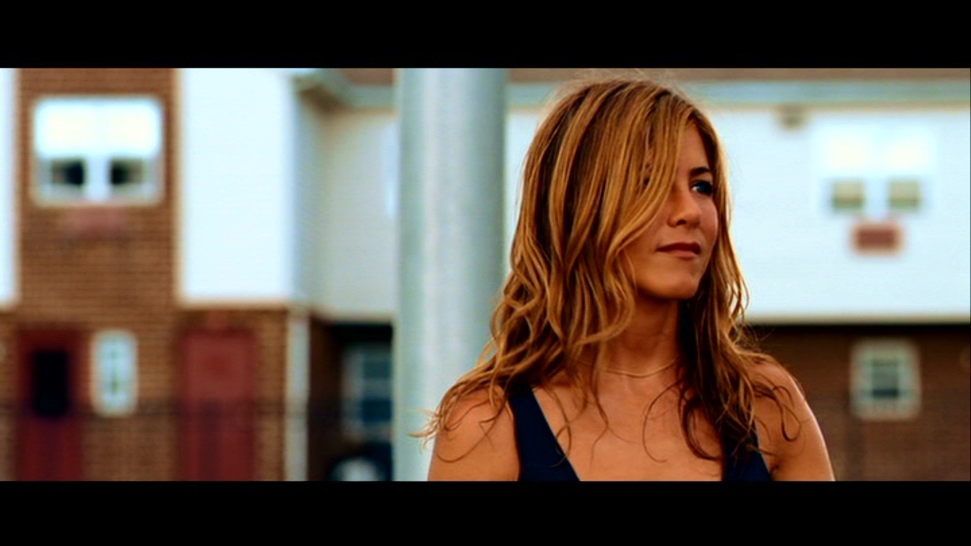 Movie - The Bounty Hunter  Jennifer Aniston Wallpaper