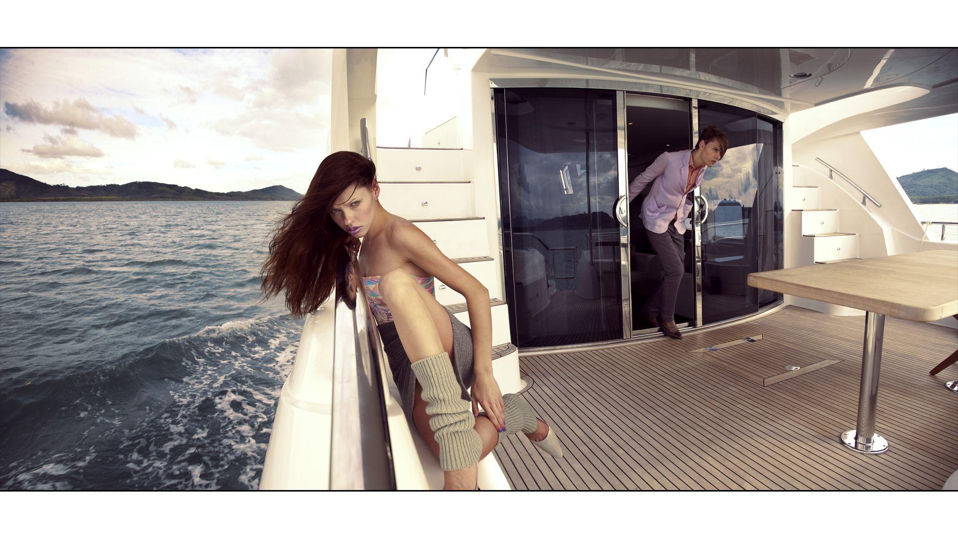 yacht wallpaper iphone