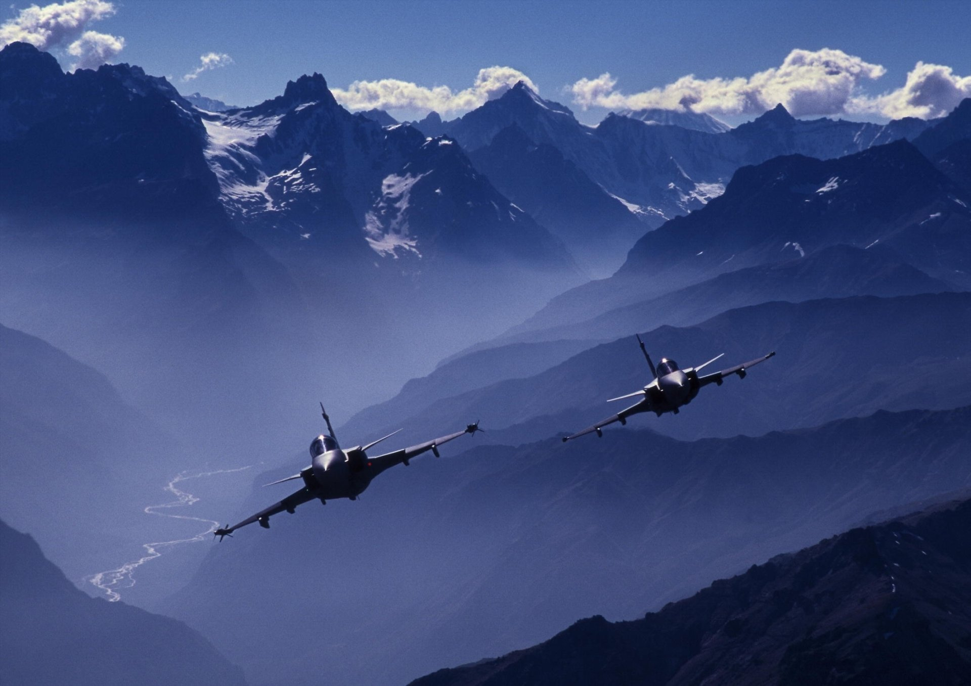 Military - Saab JAS 39 Gripen  Jet Fighter Wallpaper