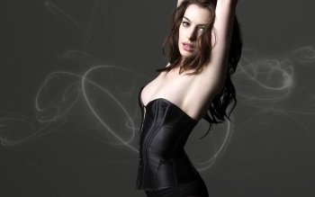 Celebrity - Anne Hathaway Wallpapers and Backgrounds ID : 147349