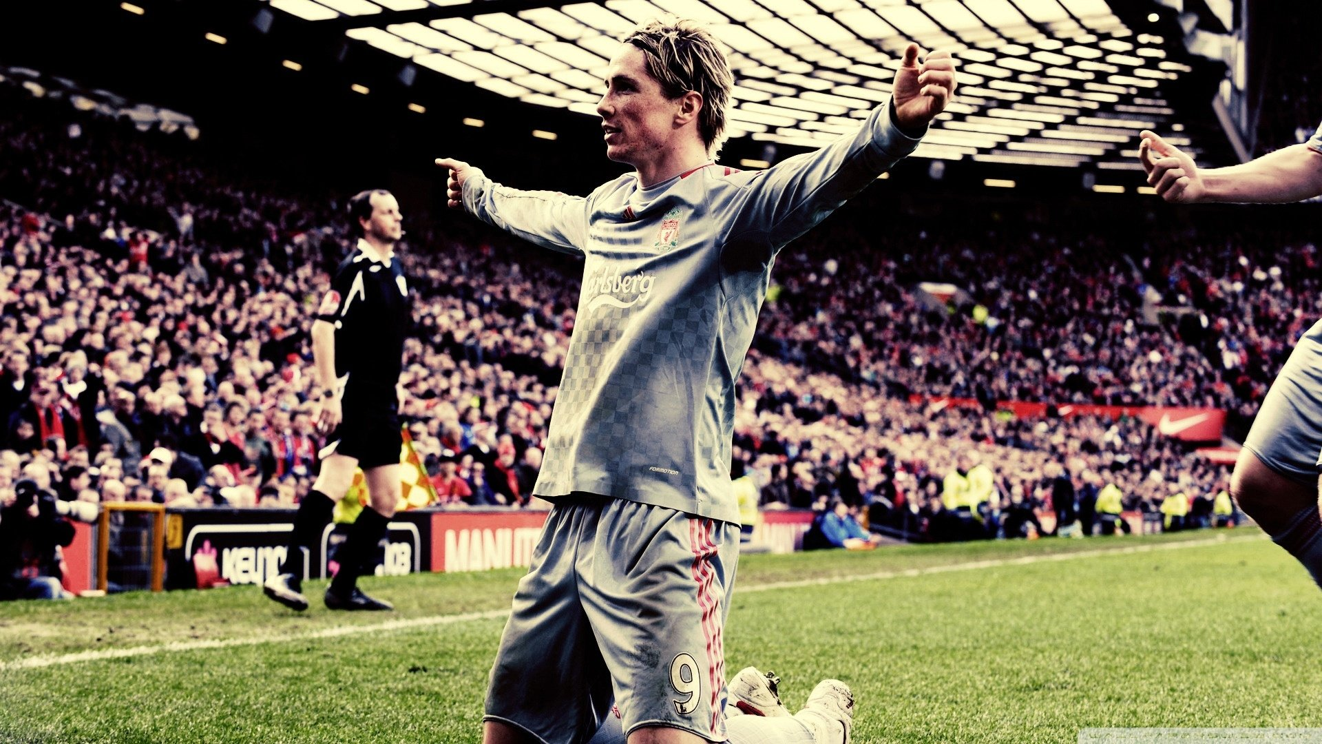 Sports - Fernando Torres  Wallpaper