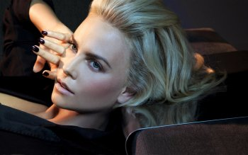 Celebrity - Charlize Theron Wallpapers and Backgrounds ID : 151109