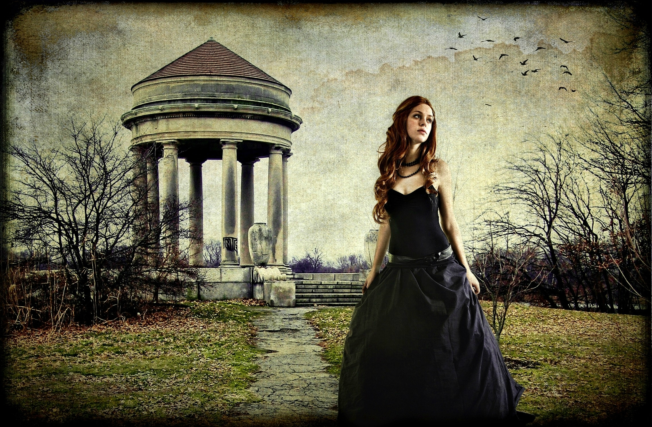 Women - Gothic  Dark Mood Manipulation Wallpaper
