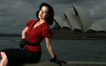 Beroemdheden - Dita Von Teese Wallpapers and Backgrounds ID : 154509