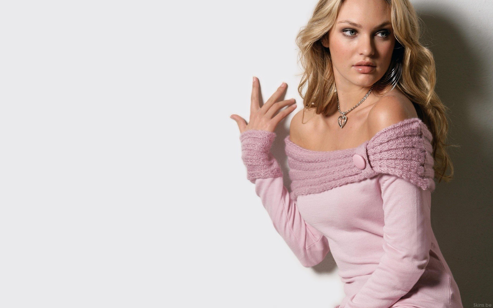 Women - Candice Swanepoel  Wallpaper