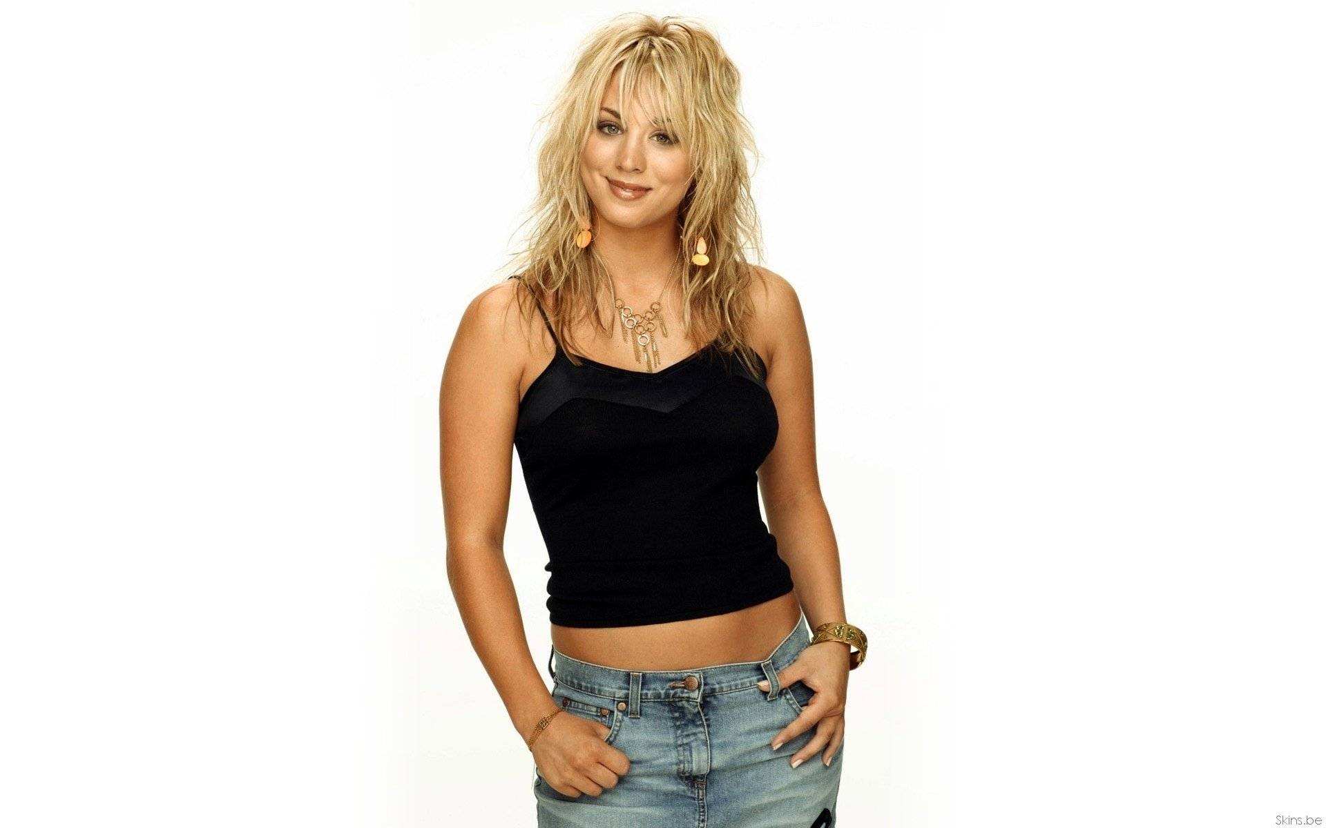132 Kaley Cuoco Hd Wallpapers Background Images Wallpaper Abyss