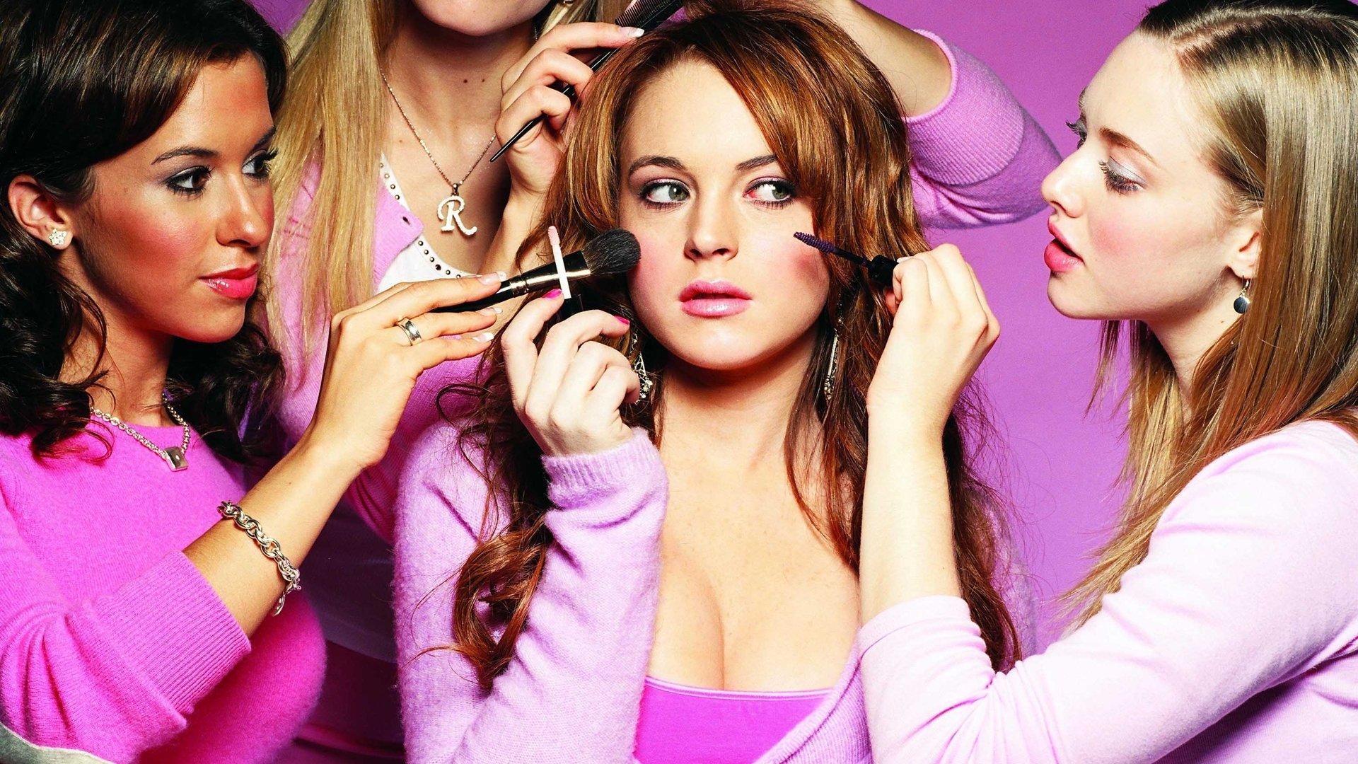 Celebrity - Lindsay Lohan  Wallpaper