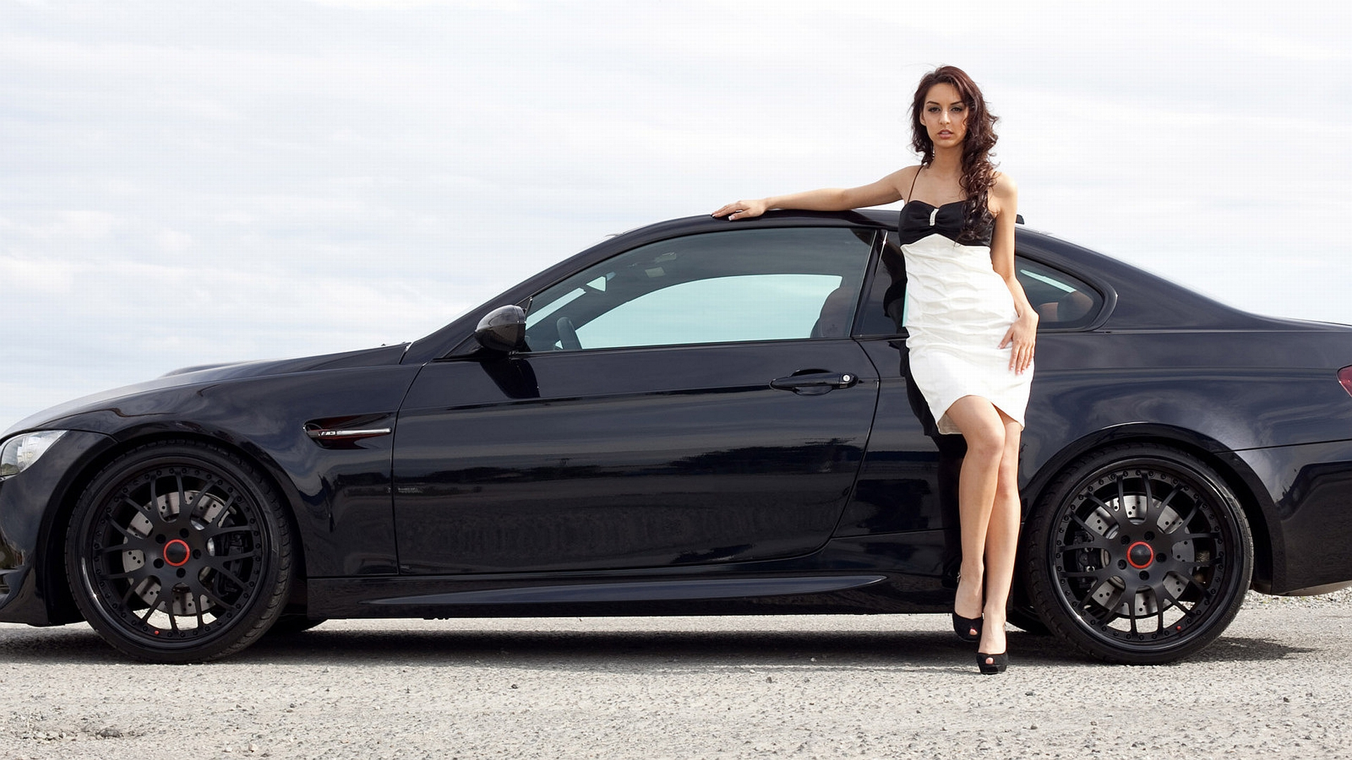 Girls & Cars HD Wall