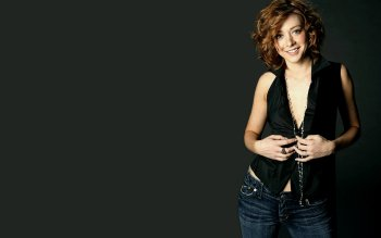Celebrity - Alyson Hannigan Wallpapers and Backgrounds ID : 162515