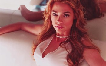 Celebrity - Denise Richards Wallpapers and Backgrounds ID : 163655