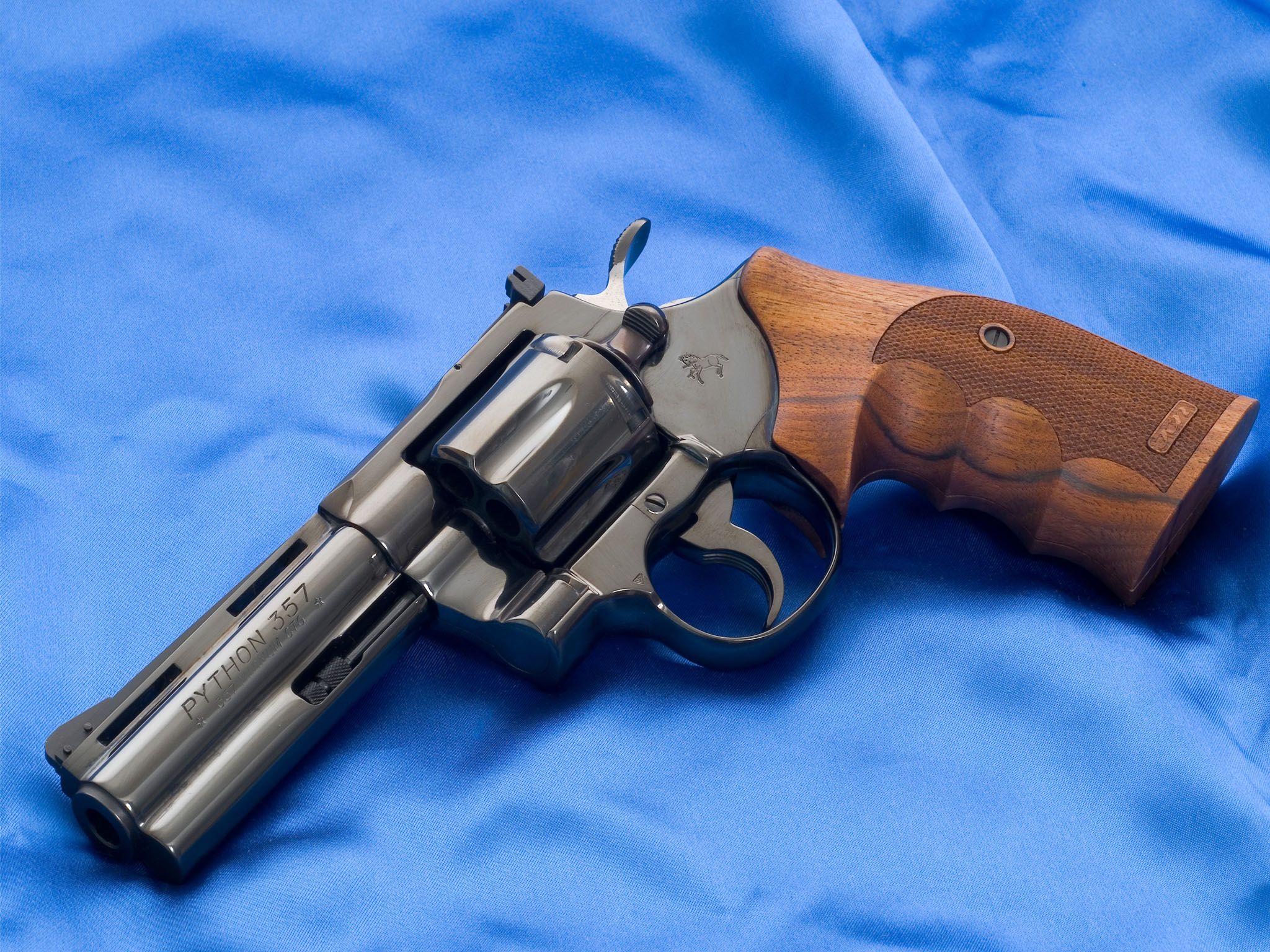 Colt Python Revolver Computer Wallpapers, Desktop Backgrounds ...