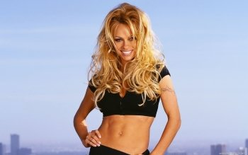 Celebrity - Pamela Anderson Wallpapers and Backgrounds ID : 164067