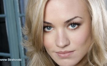 Celebrity - Yvonne Strahovski Wallpapers and Backgrounds ID : 169467