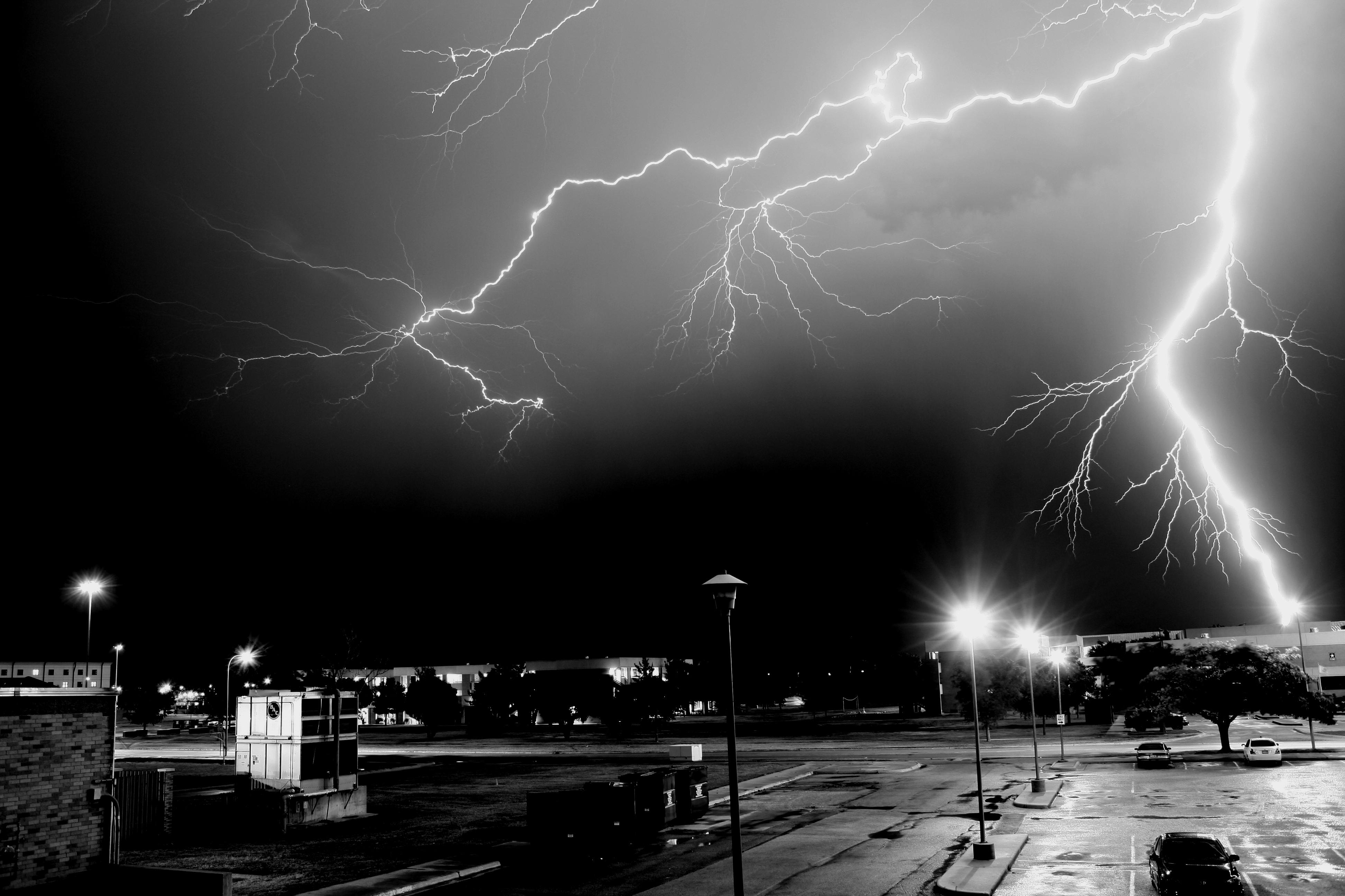 Lightning 4k ultra hd wallpaper background image 3888x2592 id 174625 wallpaper abyss - Lightning wallpaper 4k ...