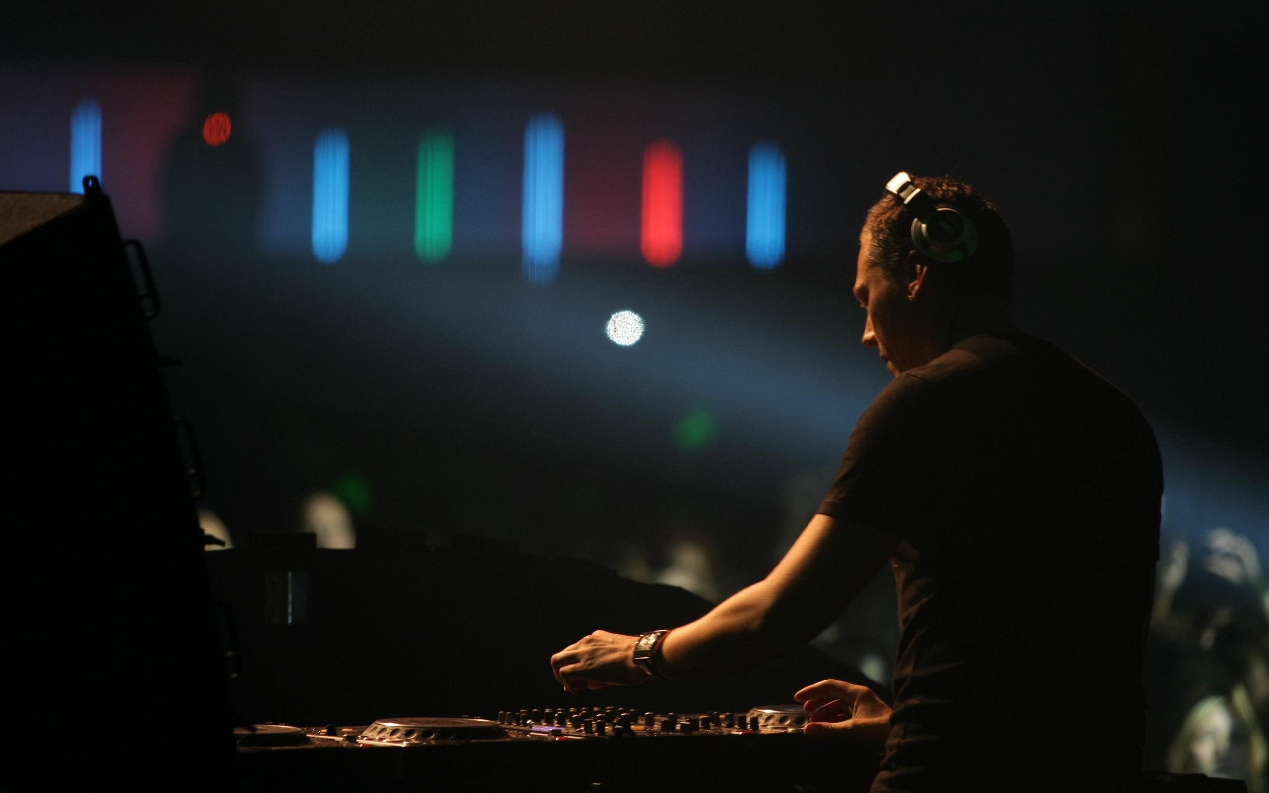 DJ HD Wallpaper