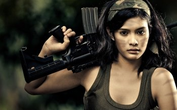 Women - Women & Guns Wallpapers and Backgrounds ID : 175909
