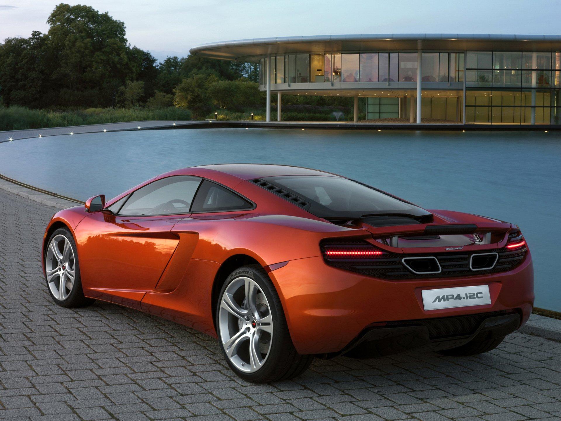 Vehicles - McLaren  Wallpaper