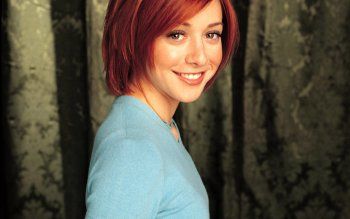 Celebrity - Alyson Hannigan Wallpapers and Backgrounds ID : 186345