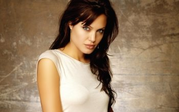 Celebrity - Angelina Jolie Wallpapers and Backgrounds ID : 190955