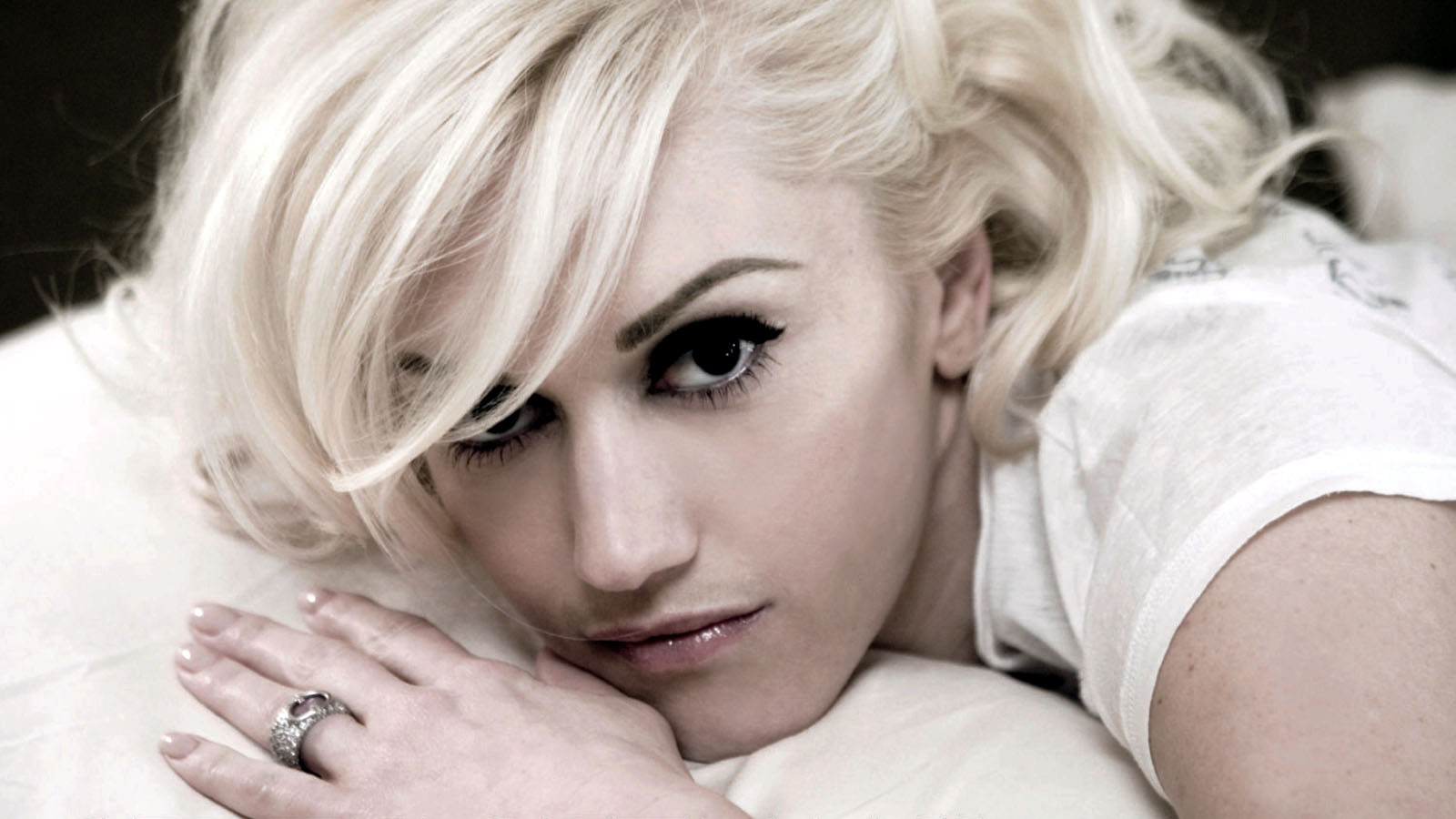 Image result for pictures of gwen stefani