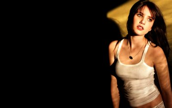125 Emma Roberts Hd Wallpapers Background Images Wallpaper Abyss