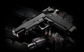 Weapons - Pistol Wallpapers and Backgrounds ID : 223397