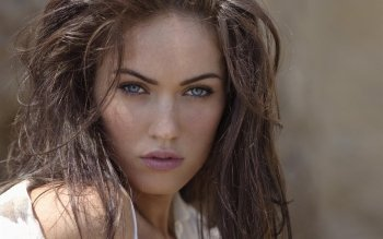 Celebridad - Megan Fox Wallpapers and Backgrounds ID : 229715