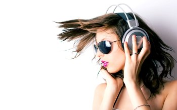Music - Headphones Wallpapers and Backgrounds ID : 266015