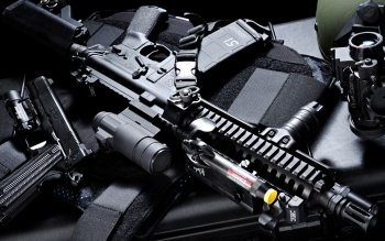 Weapons - Assault Rifle Wallpapers and Backgrounds ID : 266439
