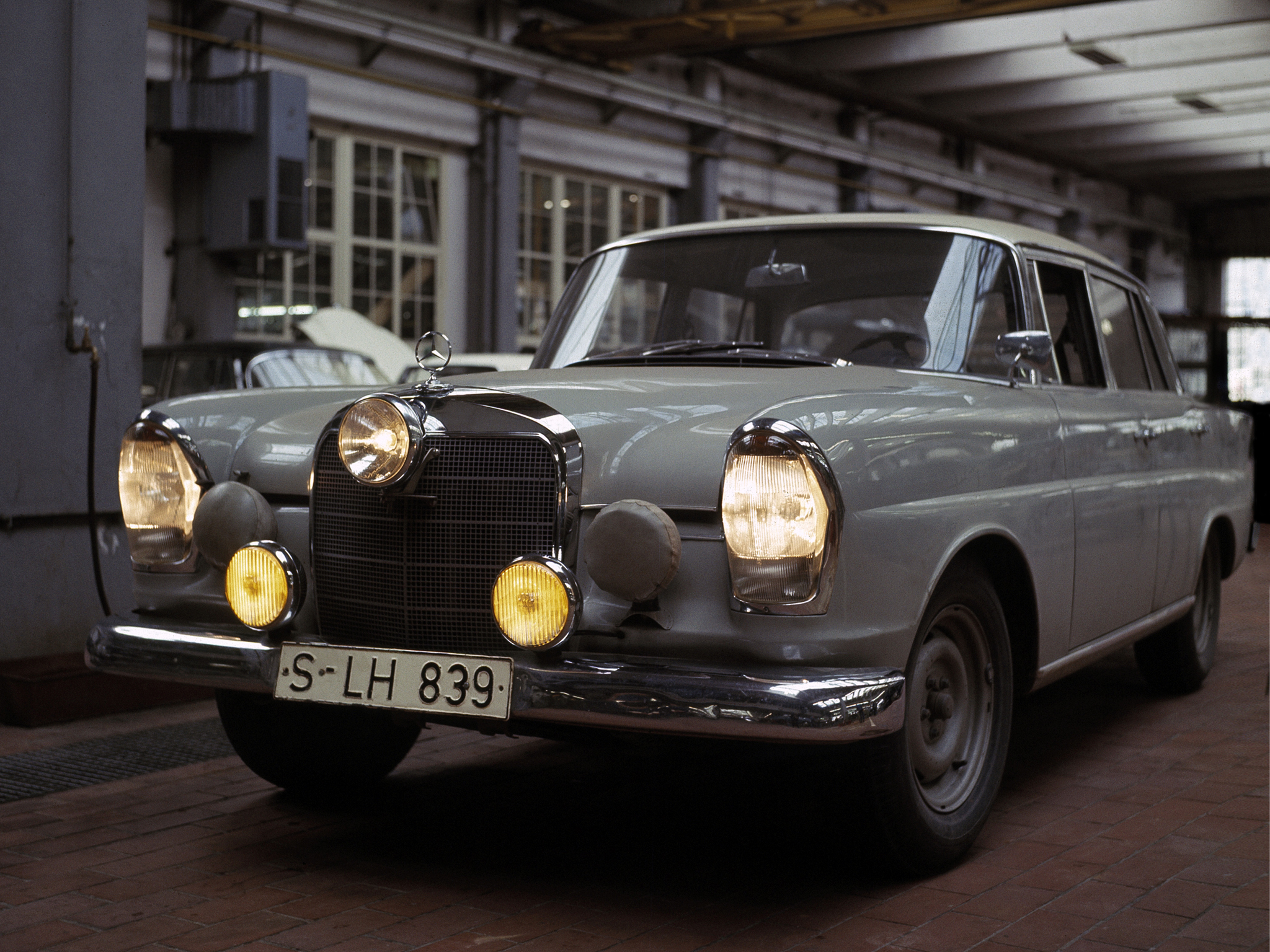 Mercedes benz 220 se rally w111 39 1960 64 full hd for Rally mercedes benz