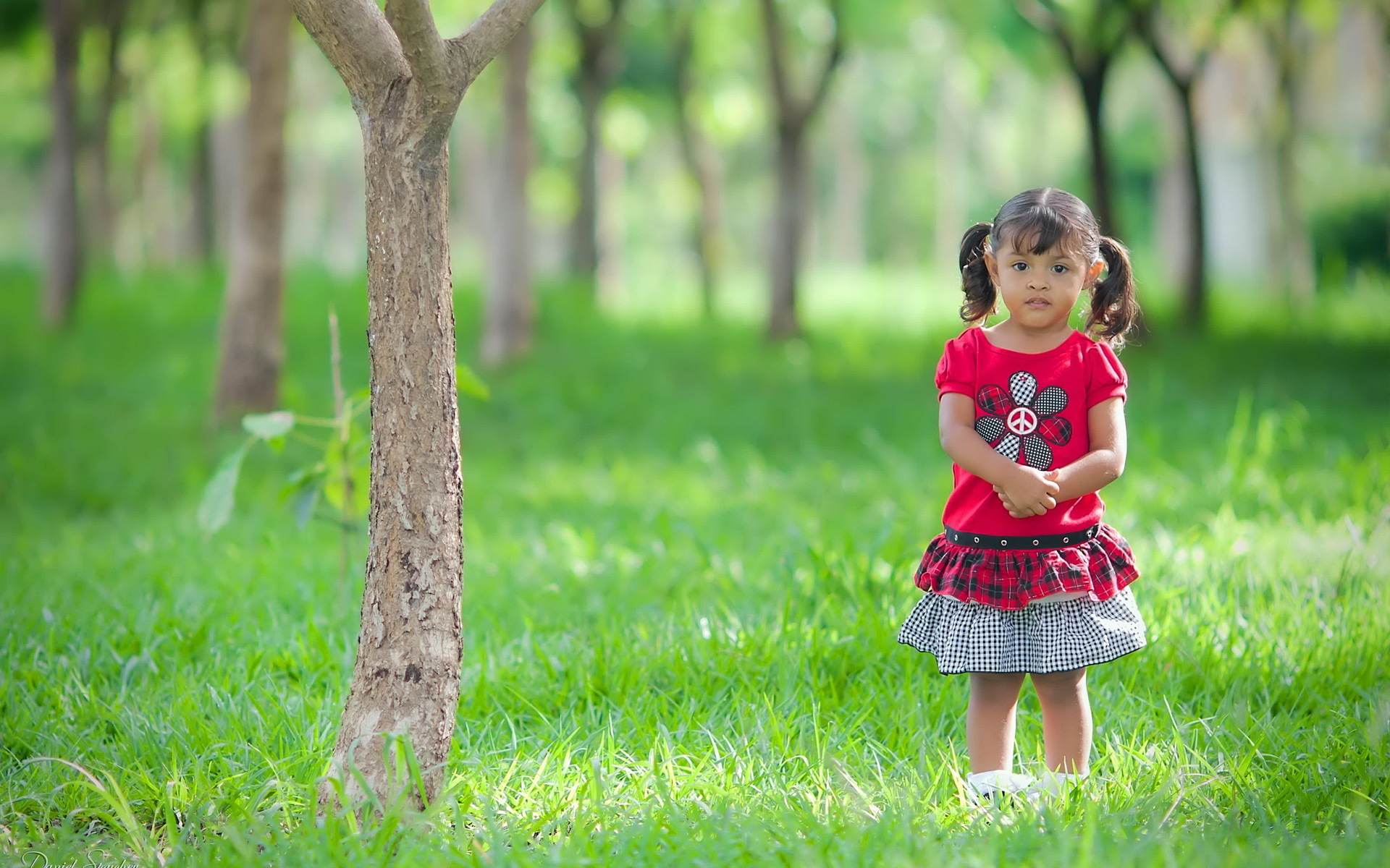 Little child Love Wallpaper : child Full HD Wallpaper and Background Image 1920x1200 ID:280917