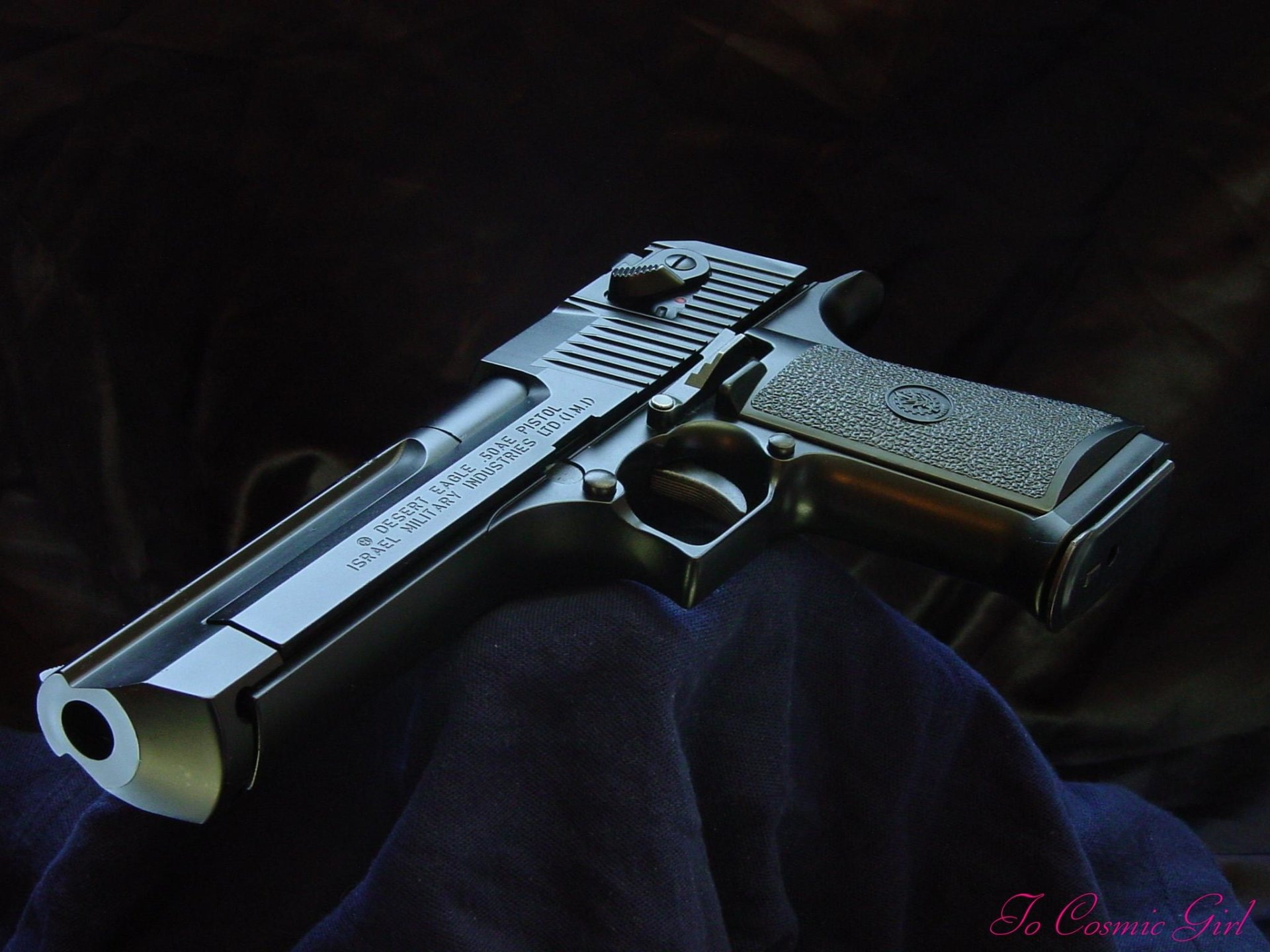 Weapons - Desert Eagle  Wallpaper