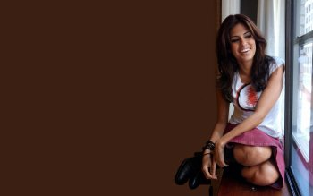 Celebrity - Eva Mendes Wallpapers and Backgrounds ID : 32267