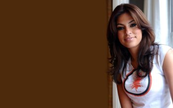 Celebrity - Eva Mendes Wallpapers and Backgrounds ID : 32269