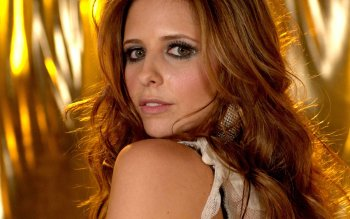 Berühmte Personen - Sarah Michelle Gellar Wallpapers and Backgrounds ID : 33827