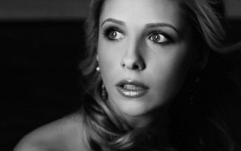 Celebrita' - Sarah Michelle Gellar Wallpapers and Backgrounds ID : 33839