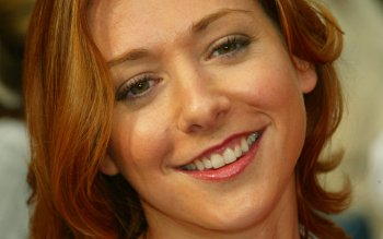 Celebrity - Alyson Hannigan Wallpapers and Backgrounds ID : 33857