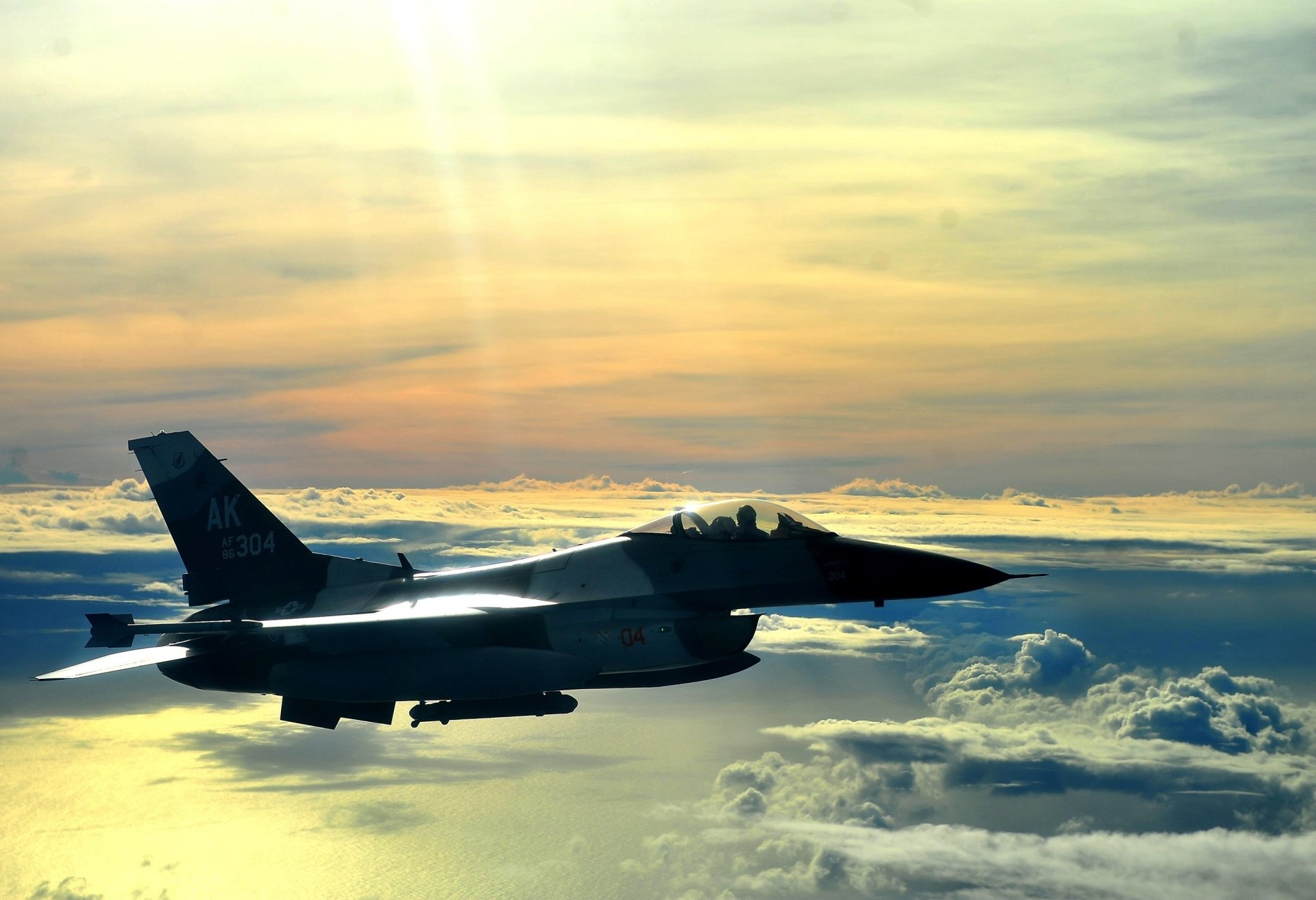 Military - General Dynamics F-16 Fighting Falcon  Military F-16 Aircraft Vehicle Cloud Sky Airplane Air Force Jet Fighter Wallpaper