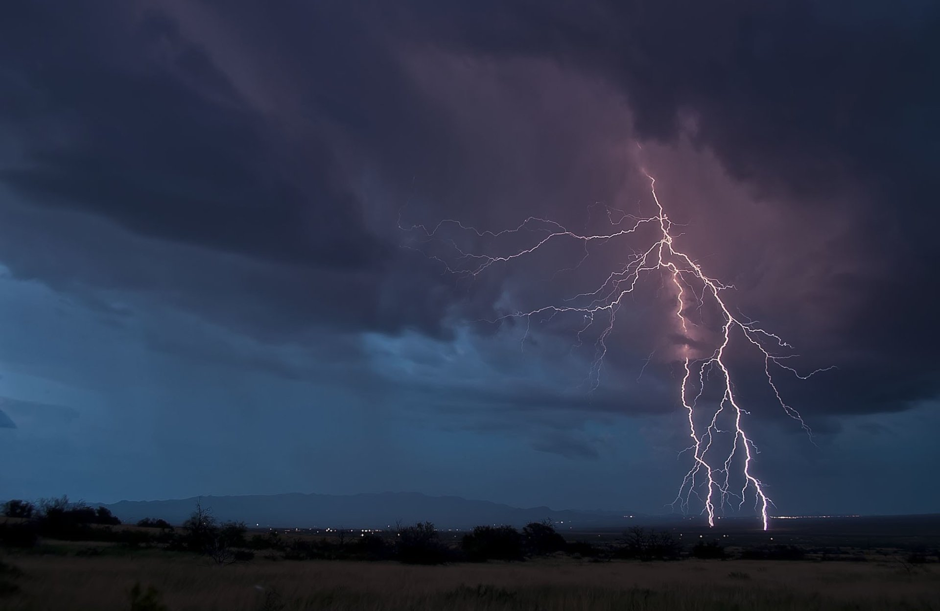 lightning hd wallpaper  background image  2000x1300  id