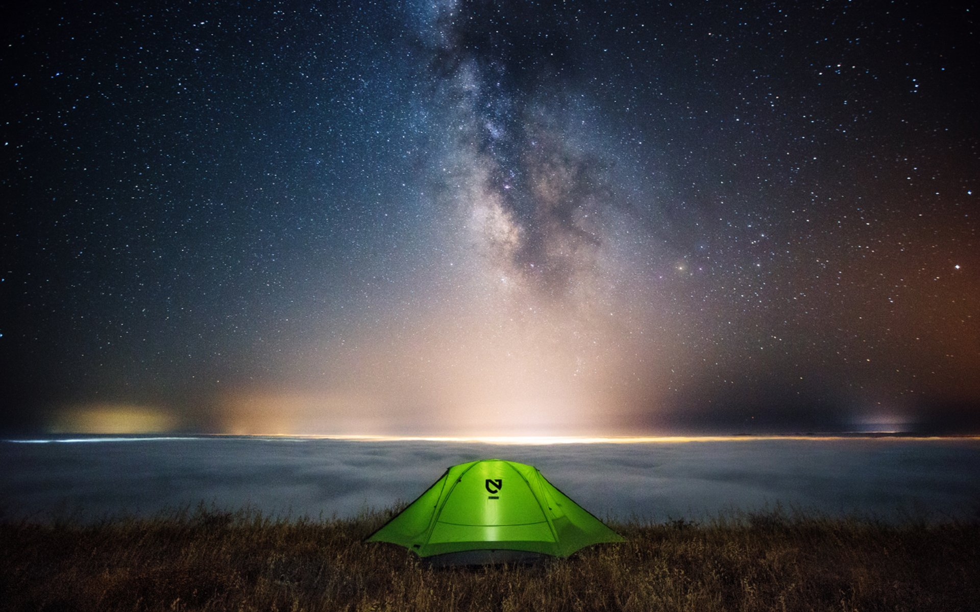 Photography - Camping  Milky Way Wallpaper