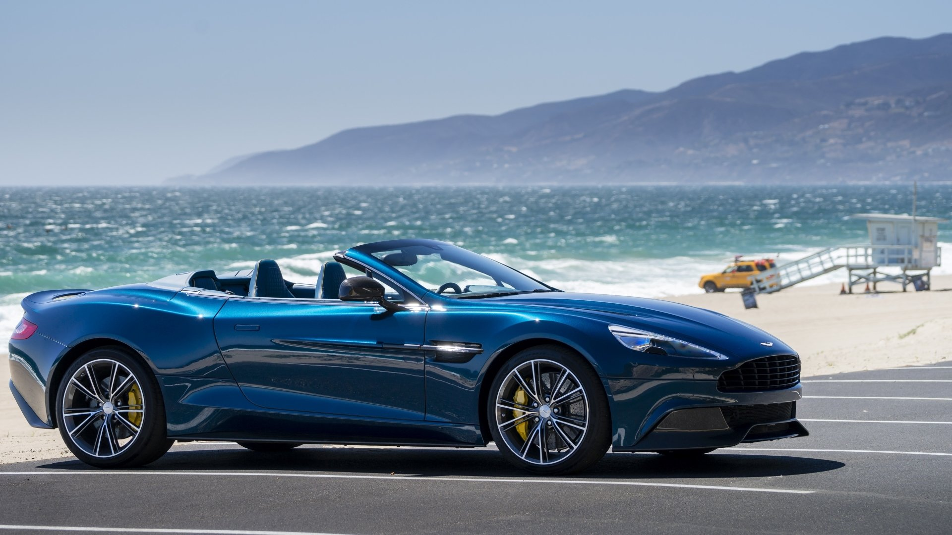 73 Aston Martin Vanquish Hd Wallpapers Background Images Wallpaper Abyss