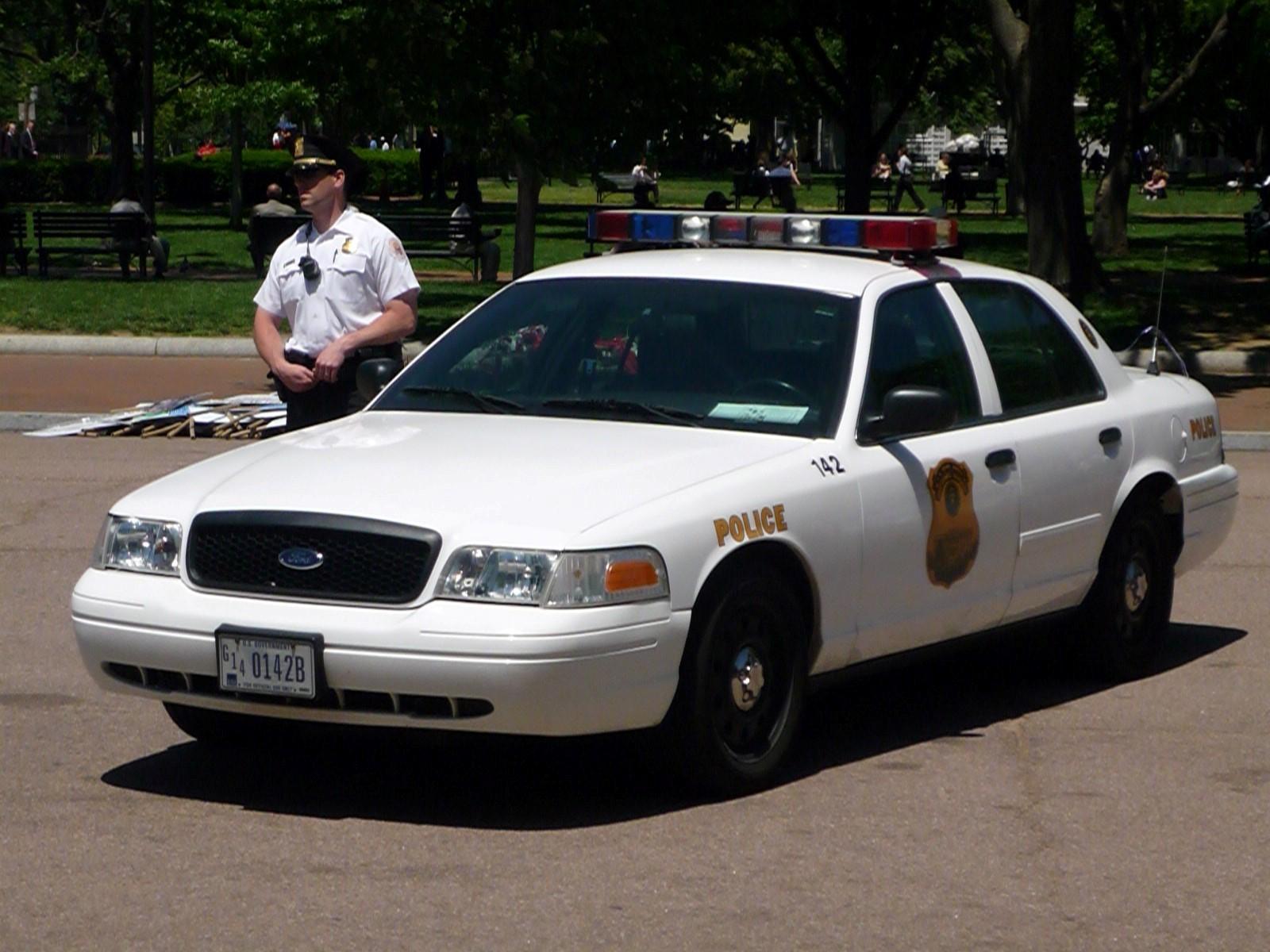 Fondos De Vehiculos: Policia Fondo De Pantalla And Fondo De Escritorio